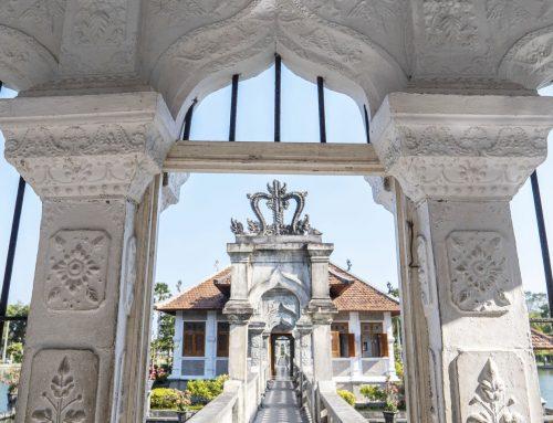 Mengunjungi Taman Ujung yang Cantik di Sudut Karangasem Bali